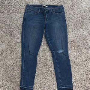 Classic Levi 711 Jeans